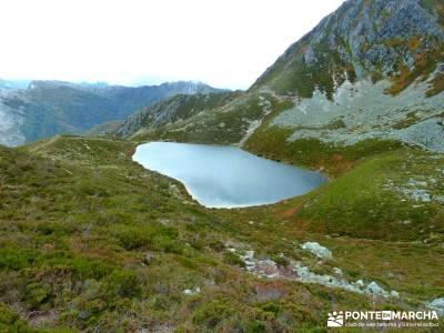 Hayedos Parque Natural de Redes;laguna grande de gredos cañadas reales cañones del ebro